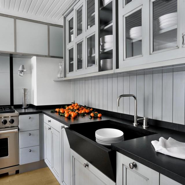 Simplicité et élégance pour une cuisine classique emprunte d'un grand dynamisme - 1