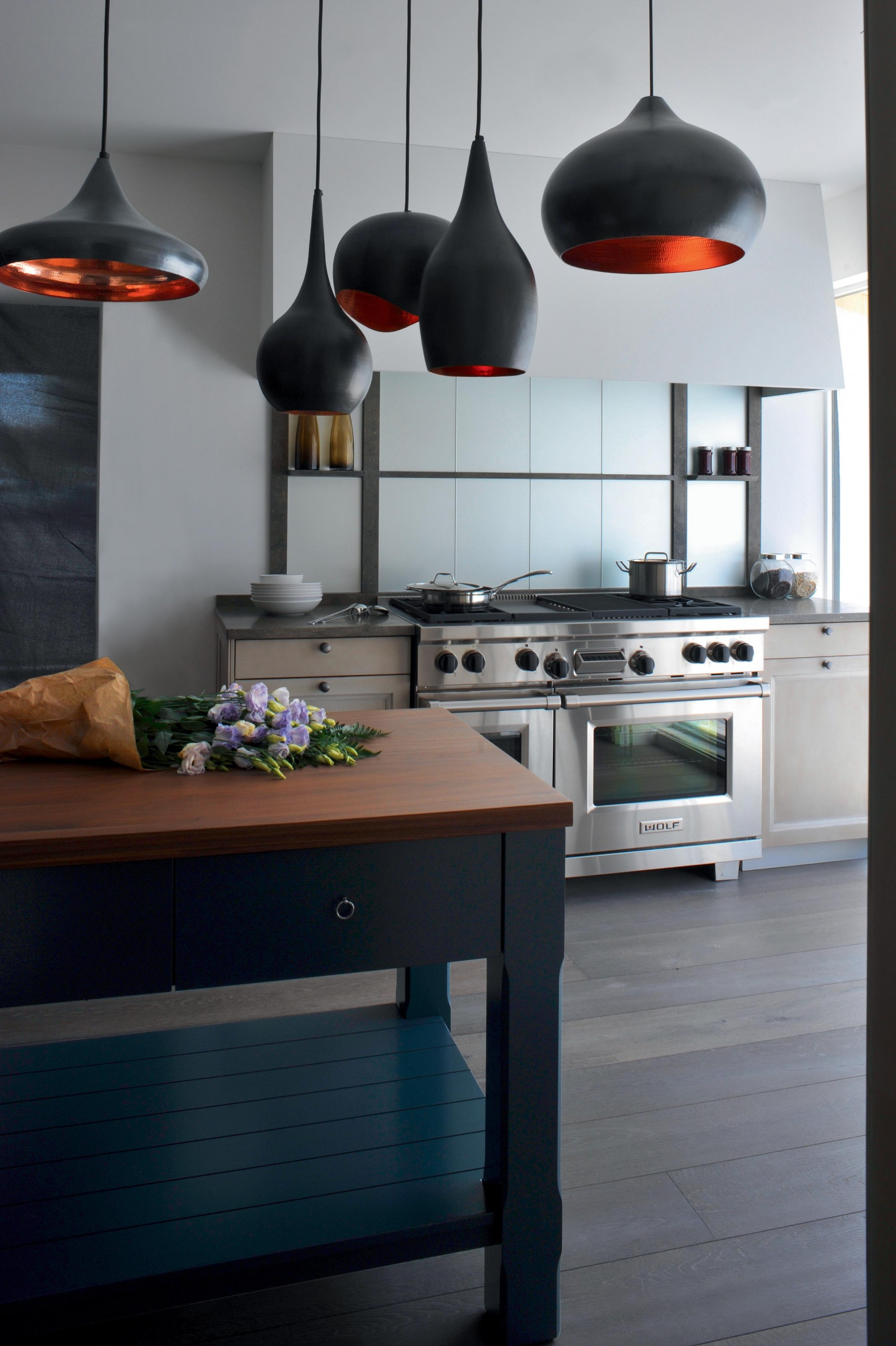 cuisine de charme la cuisini re wolf assois le niveau. Black Bedroom Furniture Sets. Home Design Ideas