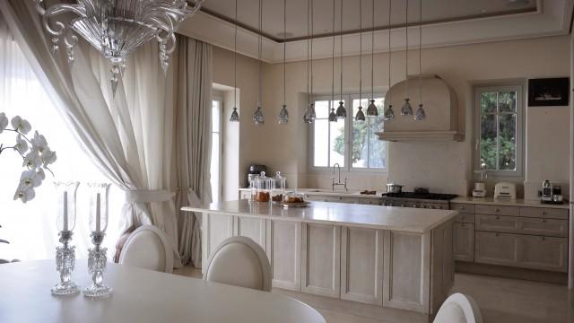 Des matériaux exclusifs, une exécution de qualité pour une cuisine luxueuse