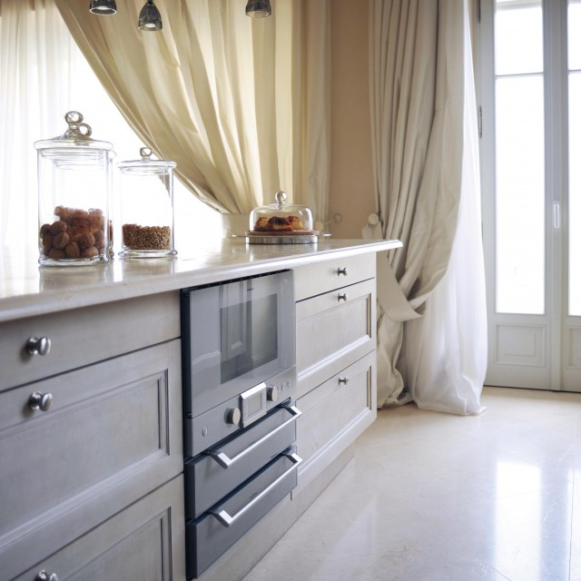 Exclusive materials and excellence in execution for a luxurious kitchen - 1