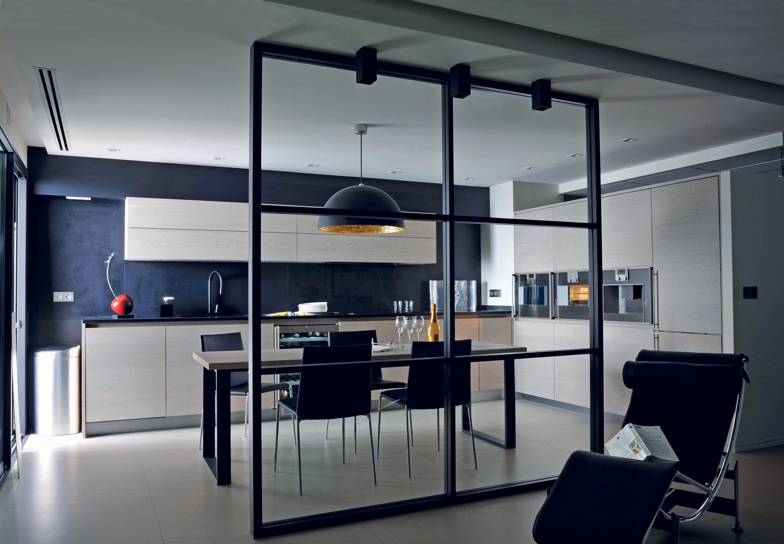 A contemporary kitchen with superb oak cabinetry