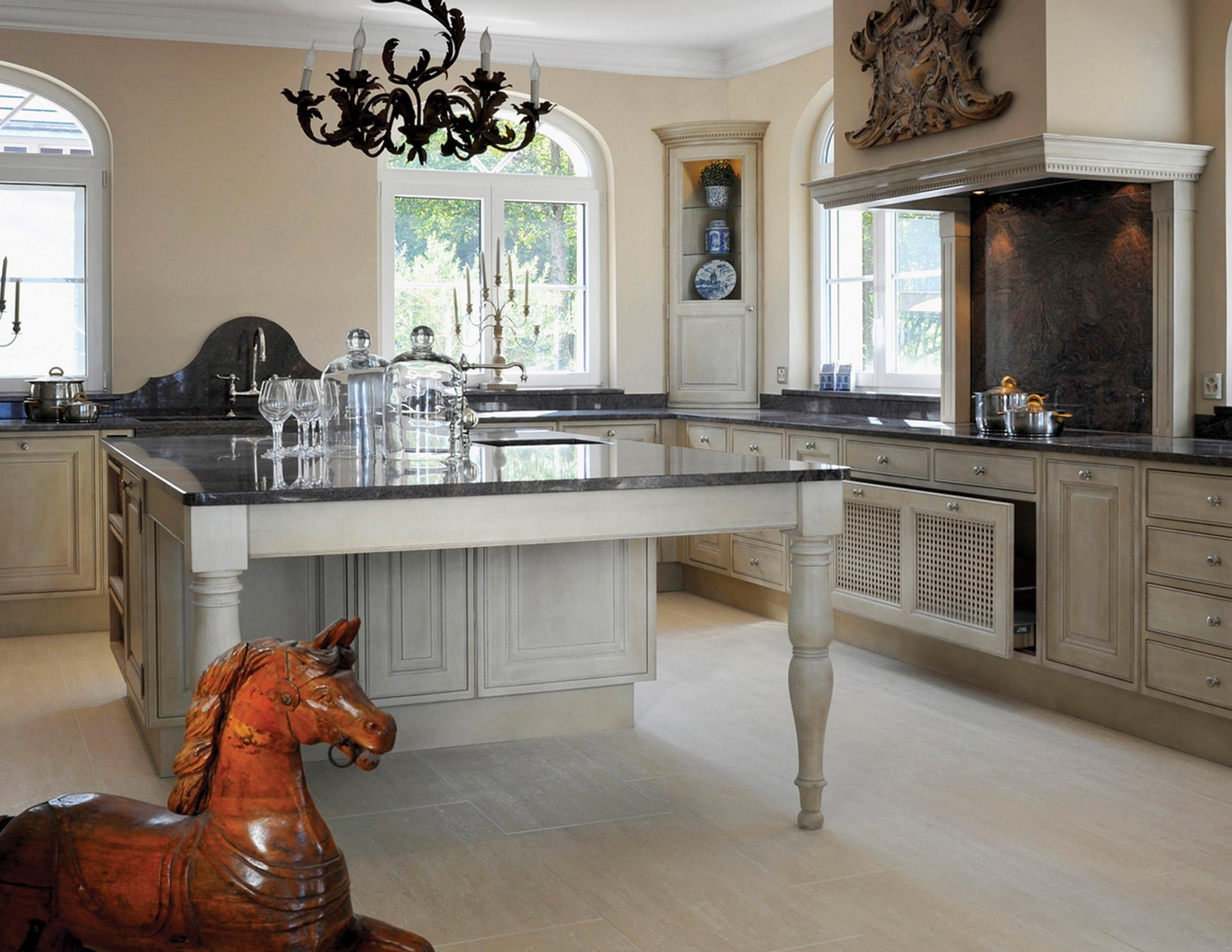 Exclusive wood finishing on remarkably crafted cabinets