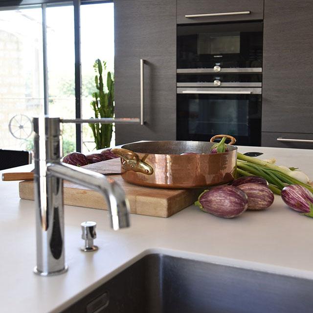 Charming kitchen, reclaimed oak - 3