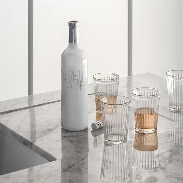 A well-balanced contemporary kitchen created through custom renovation. - 3