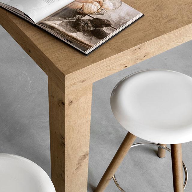 A well-balanced contemporary kitchen created through custom renovation. - 4