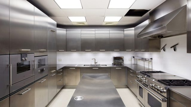 Mastery of stainless steel